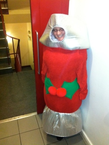 Rachel Ager as a Christmas cracker!