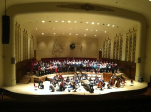 Laurence Cummings rehearsing for The Messiah