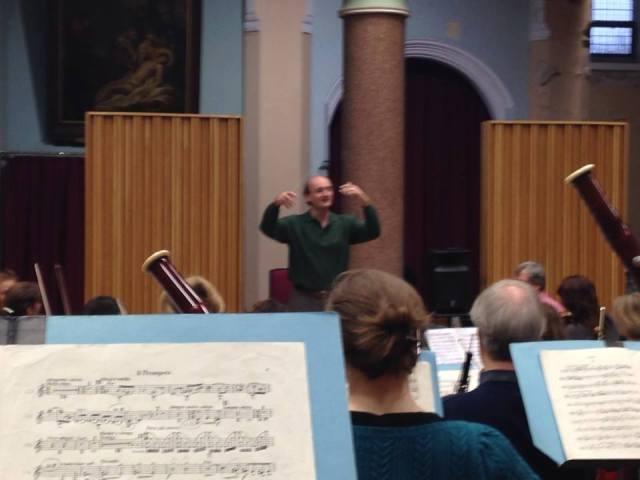 Andrew Manze rehearsing Mahler 4 at the Friary