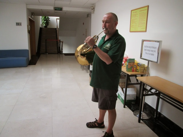 Chris Morley warming up in Guangzhou. Chris is very nicely turned out in his Greenalls Brass Band t-shirt...