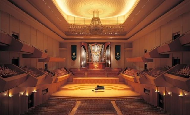 Minatomirai-Hall-790x480