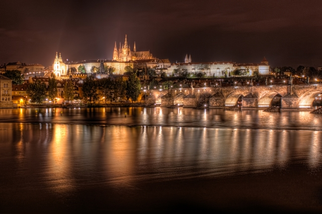 Prague-Castle-at-Night-Czech-Republic-1